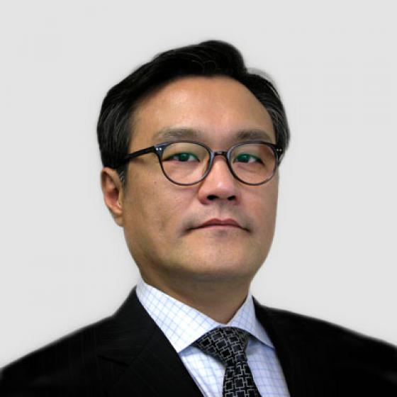 Brian Kim is the Chief Executive Officer of Superior Essex, a role he has held since May 2015. During his tenure, Kim has overseen the establishment of the Automotive Strategic Business Unit, establishment of Essex Malaysia, the formation of the High Voltage Winding Wire joint venture, launch of the MagForceX Innovation Center, and construction of a magnet wire facility in Serbia. Prior to his position with the company, Kim served as the President of LG Hausys America and the Principal of A.T. Kearny in Seoul, South Korea. Kim received his Bachelor's Degree in Applied Statistics from Yonsei University and then earned an Executive MBA from the University of Michigan.